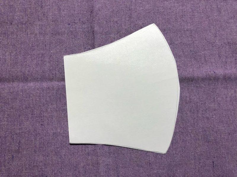 マスク型紙の写真